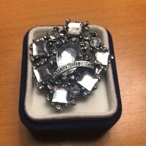 Juicy couture broach